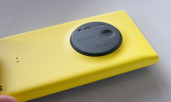 Nokia Lumia 1020 is now out with 41MP camera and unique zoom.