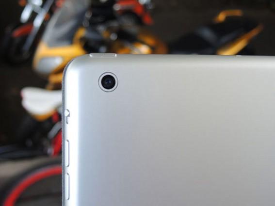 iPad mini 2 boasts 5MP iSight primary camera