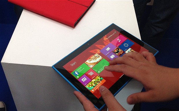 Nokia Lumia 2520 is powered by Windows 8.1 RT platform with Microsoft Office suite preinstalled