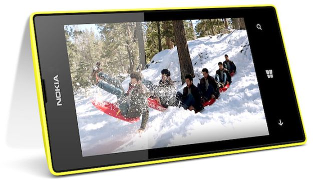 Lumia 525 arrives with sleek design and 4-inches IPS display