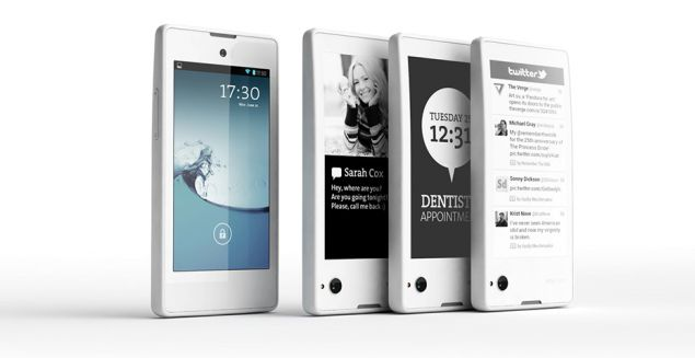YotaPhone hits the markets at price of 19,990 RUB