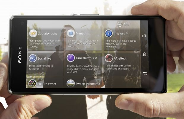 The 20.7MP main camera on the back of Sony Xperia Z1 Compact is one of its significant advantages