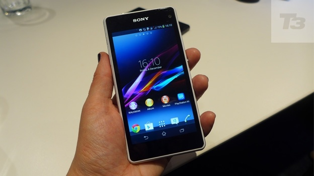 Under the hood of Sony Xperia Z1 Compact is working a quad-core CPU with Snapdragon 800