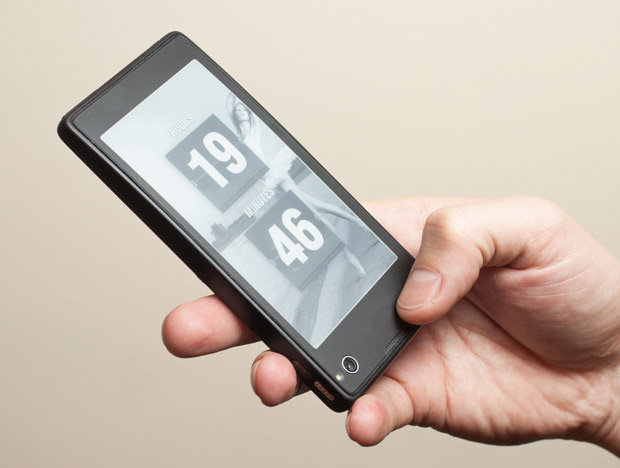 YotaPhone is equipped with 13MP rare shooter and 1MP front camera